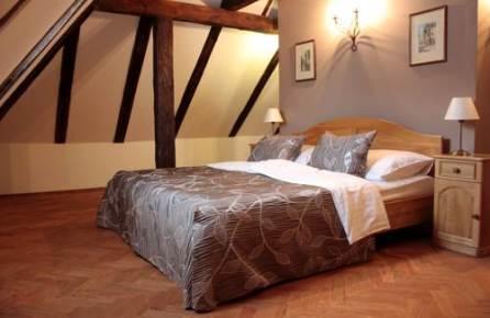 hotelletjes praag top 10 romantische hotels in praag. Black Bedroom Furniture Sets. Home Design Ideas
